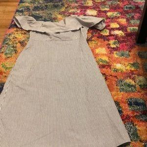 Gray searsucker pattern off shoulder dress